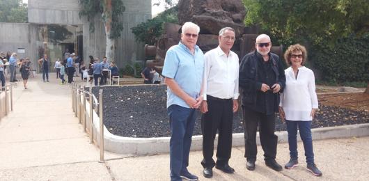 יעקב דורצין וראש העיר הרצליה
